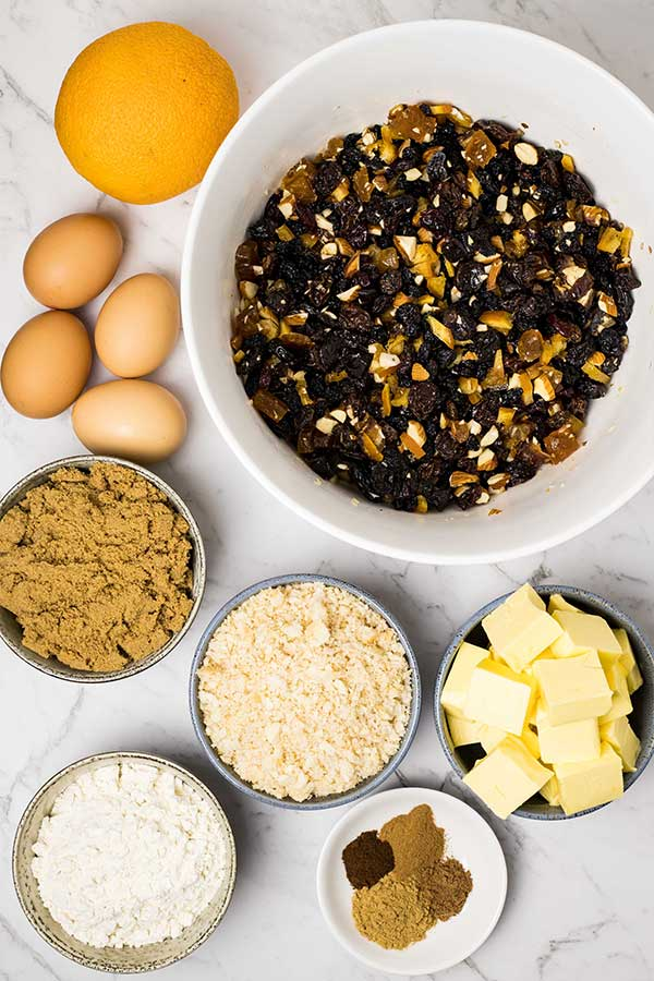 ingredients for steamed christmas pudding