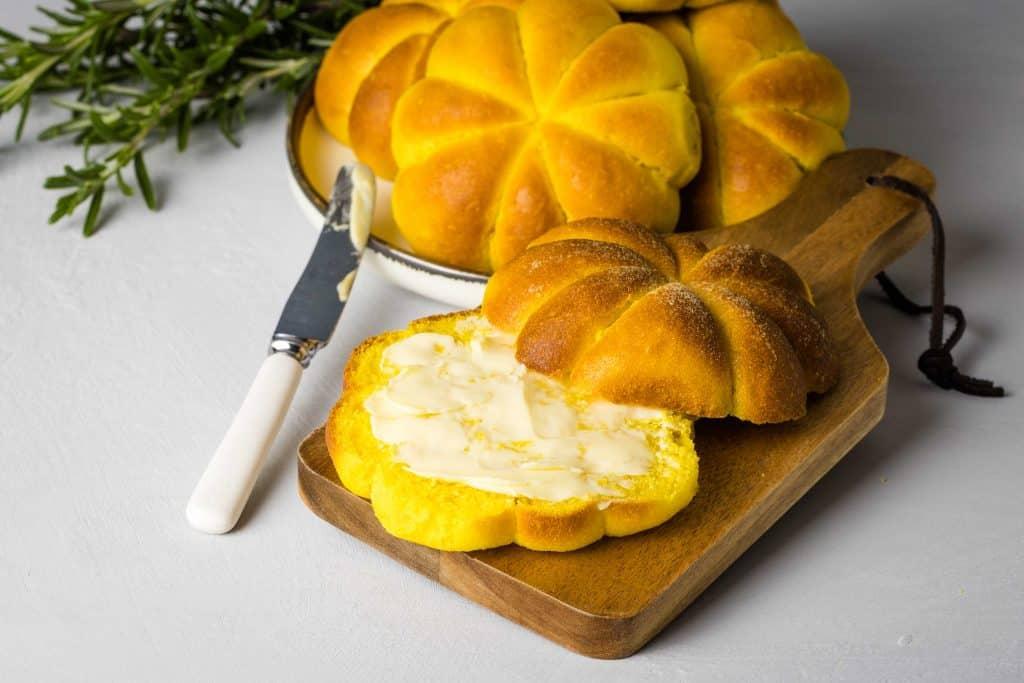 soft pumpkin rolls landscape