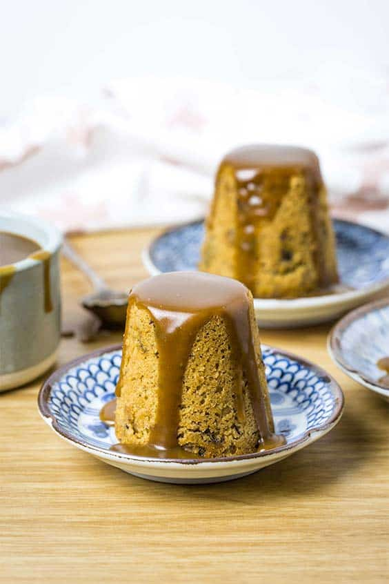 individual puddings with toffee sauce